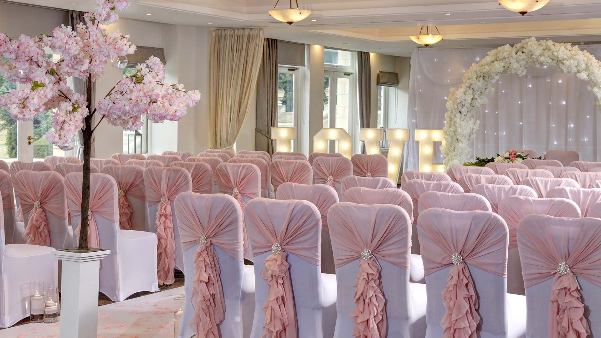 4 star Hotels in Sheffield Mercure Sheffield Kenwood Hall Hotel and Spa Wedding